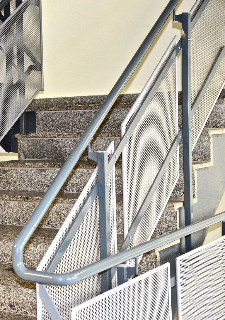 metallbau gelaender 1 768x1090 - Metallbau